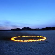 Alredo De Stefano, Circle of Fire in the Desert, 2002
