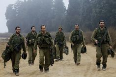 """British Commander: IDF Most Moral Army World Has Ever Known - Col. Richard Kemp, former commander of all British forces in Afghanistan is in Israel this week to lend support to the military campaign: """"No other army in the world has ever done more than Israel is doing now to save the lives of innocent civilians in a combat zone,"""" Kemp said."""