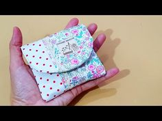 Best 12 How to sew a small pouch Hobo Bag Tutorials, Sewing Tutorials, Sewing Crafts, Sewing Projects, Sewing Patterns, Small Coin Purse, Small Wallet, Patchwork Bags, Simple Bags