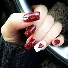 We have found 14 Super Cute Valentine's Day Nail Art Designs. If you are looking for some inspiration for Valentine's Day this year, you have come to the right place. Check out some of the best vday nail art designs below. Pretty Nail Art, Cool Nail Art, Red And White Nails, Red Nail, Black White, Black Nails, Valentine's Day Nail Designs, Nails Design, Nailed It