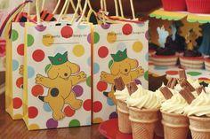 Meri meri Spot the dog party bags/ ice cream cone cupcakes