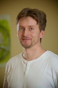 Ing. Martin Mašata  Embryologe. Unser erfahrener Embryologe Ing. Mašata hilft schon seit mehreren Jahren Paaren ihren Kinderwunsch zu erfüllen.