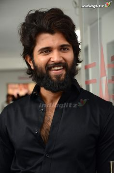 Vijay Devarakonda Actor Picture, Actor Photo, Telugu Hero, Allu Arjun Wallpapers, Most Handsome Actors, Vijay Actor, Galaxy Pictures, Vijay Devarakonda, Mahesh Babu