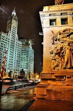 Michigan Avenue Bridge (Southeast Bridge Tower Detail to Wrigley Building)