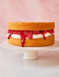Try our light victoria sponge recipe. This sponge cake recipe is an easy Victoria sponge recipe. Try our sandwich cake recipe for a classic Victoria sponge Sponge Recipe, Sponge Cake Recipes, Easy Cake Recipes, Baking Recipes, Tea Recipes, Summer Recipes, Ultimate Chocolate Fudge Cake, Chocolate Sponge Cake, Deserts