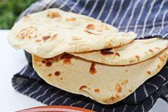 NAAN KENYÉR Naan, Kenya, Pizza, Ethnic Recipes, Food, Lasagna, Hoods, Meals