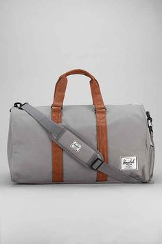 Love this Herschel duffle bag for safari. It's durable and the perfect size for carrying on an aircraft.