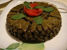 Lebanese Recipes, Greek Recipes, Arabic Recipes, Vegetarian Cooking, Cooking Recipes, Wine Leaves, Stuffed Grape Leaves, Middle Eastern Recipes, Arabic Food