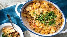Zapiekanka makaronowa z mięsem, pomidorami i bakłażanem