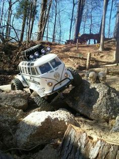 car jeep Hundred Photos of Off-Road Obsession Every Men Must See -You can find Offroad and more on our websi. 4x4 Trucks, Custom Trucks, Cool Trucks, Cool Cars, Peterbilt Trucks, Lifted Trucks, Auto Jeep, Jeep 4x4, Chevy 4x4