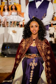 This bride has been all over habesha social media and she's become the go-to-inspiration for a merat/musihirit planning. She has her own site (be sure to follow the link). It was sweet to actually read her story.