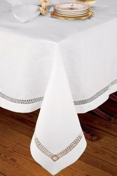 Luxury Table Cloths - Schweitzer Linen