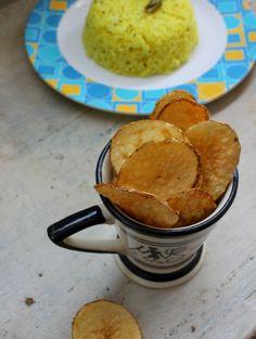 Potato Vathal | Homemade potato wafers  http://foodbetterbegood.blogspot.in/2014/05/potato-vathal-urulaikizhangu-vathal.html