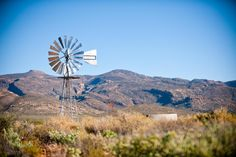 A Lone Windmill stands contrasting against the baron Great Karoo land. Beautiful Places, Beautiful Pictures, Big Sky Country, Le Moulin, Great Memories, Countries Of The World, Windmill, South Africa, Landscape Photography