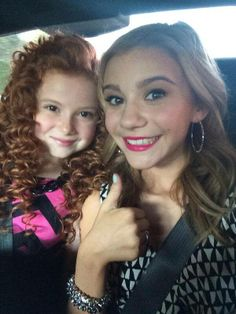 On our way to the Kids' Choice Awards!  #GHannelius #DWAB