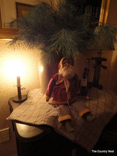 Primitive Santa for the Entryway Primitive Christmas Decorating, Primitive Country Christmas, Primitive Santa, Prim Christmas, Homemade Christmas, Simple Christmas, Winter Christmas, Vintage Christmas, Christmas Decorations