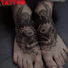 Elegant Foot Tattoos - Split freehand demon tattoo by Gakkin, Japan. Gakkin Tattoo, Hannya Tattoo, 3d Tattoos, Foot Tattoos, Sleeve Tattoos, Tattoo Feet, Tattoo Ink, Tatoos, Irezumi