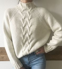 Sweater Wool / Alpaca 🐑 13 000 ₽ in stock # vy . Sweater Wool / Alpaca 🐑 13 000 ₽ in stock # knit only grandmothers Knitting Blogs, Easy Knitting Patterns, Knitting Stitches, Knitwear Fashion, Knit Fashion, Summer Knitting, Casual Fall Outfits, Knit Crochet, Sweaters For Women
