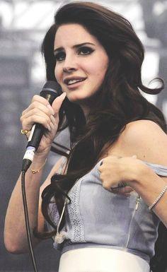Lana Del Rey ♥,   amo sus canciones...