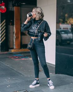 Women Jeans Outfit Loose Pants For Girls High Water Pants Mens High Waisted Trousers Comfortable Work Pants 50 Style Dresses Jeans And Heels Outfit – yuccarlily 50 Fashion, Look Fashion, Fashion Outfits, Feminine Fashion, Girl Outfits, Women's Fashion, Fashion Tips, Athleisure Trend, Athleisure Outfits