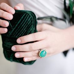Good morning lovelies! @weddingchicks is taking over and we're green with envy over this super cute ring and clutch combo! Make sure you FOLLOW to see what other cuteness is coming your way!#wedding #clutch #ring #bride #instafollow