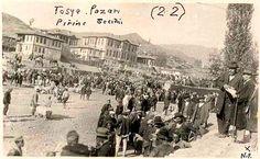 Kastamonu, Tosya pirinç pazarında pirinç seçimi. Turkey Country, Paris Skyline, Ale, Dolores Park, Nostalgia, Travel, Photos, Viajes, Ales