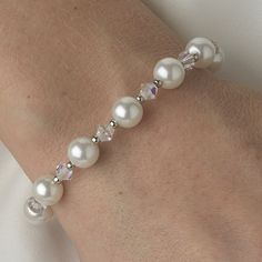 Ivory or White Pearl and Crystal Bridal Bracelet, style b511.