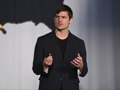 Hampton Creek's entire board — except the CEO — just quit - Hampton Creek's board of directors made a big, and very unusual, change recently: they all left.  All, that is, except for the CEO of theSilicon Valley startup best known for its egg-less mayo and some of the controversies that have clung to it.  The company confirmed the board change to Business Insider on Monday. Josh Tetrick, the CEO and now sole board member of Hampton Creek, said in an emailed statement that the board changes…
