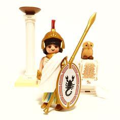 Athena, Greek Patron Goddess of Heroes Mundo Play, Lego, Winter House, Ancient Rome, Jouer, Perler Beads, Archaeology, Mythology, Bubble
