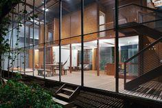 Andrade Morettin Arquitetos Associados — R.R. House