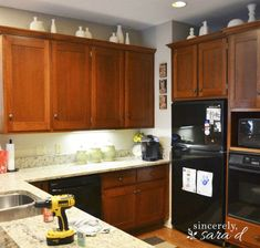 Wood or MDF cabinets work best Laminate cabinets are nearly impossible to paint, so check your cabinets beforehand. (Sincerely, Sara D. Chalk Paint Kitchen Cabinets, Laminate Cabinets, Kitchen Paint, Painting Cabinets, New Kitchen, Kitchen Ideas, Kitchen Reno, Painting Formica, Painting Doors