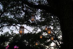 DIY Mason Jar Hanging Lanterns via http://pinkheelspinktruck.com (@pnkheelspnktrk)