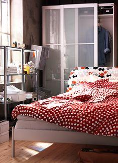 Dormitorio para mentes despiertas. Con nuestro curso aprenderás a planificar tu dormitorio y descubrirás todas las posibilidades para decorarlo.