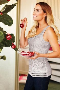 pretty top for the holiday season {lc lauren conrad}