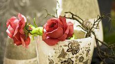 Roses Vase Petals