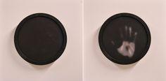"Gianluca Zonca ,""Qui e ora"", vernice termosensibile su orologio da parete, 30 x 30 x 4 cm, 2014.  ""Here and now"", thermochromic paint on clock, 2014"