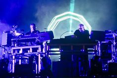 Hear the Chemical Brothers' Searing New Dancefloor Odyssey 'Free Yourself' Hip Hop Songs, Rap Songs, News Songs, Radio Song, New Music, Music Music, Music Film, Friendship Rules, Festivals