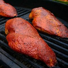 Who says boneless skinkess chicken breasts are boring? Not this guy. These look sexy! Pic and chicken courtesy of @hooked_on_bbq -  Smoked a bunch of chicken breasts for next week's meal prep . . . #lanesbbq #housedivided #weber #weberkettle #cleaneating #Grill #Grilling #BBQ #Barbecue #FoodPorn #GrillPorn #chicken #smokelife #smokemaster #smoked #smokedchicken #Food #FoodPhotography #foodgasm #Meat #MeatPorn #meatlover #Paleo #GlutenFree #BrotherhoodofBBQ #EEEEEATS #ForkYeah
