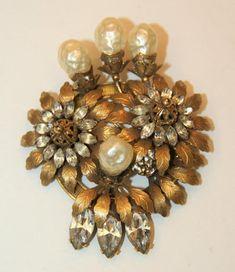 Vintage LG High-end VENDOME Rhinestones & Glass Pearls Signed Brooch 1940-50s #Vendome