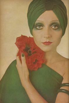 Vintage 70s dress, vintage 70s makeup, and vintage 70s turban! via They Roared Vintage....green nails!!!