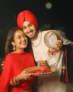Teen Celebrities, Indian Celebrities, Hollywood Celebrities, Cute Love Couple, Beautiful Couple, Couple Pics, Celebrity Couples, Celebrity Weddings, Virat Kohli And Anushka