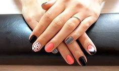 verano nails which look gorgeous. Nail Art Designs, Cute Acrylic Nail Designs, Cute Acrylic Nails, Manicure Colors, Manicure Y Pedicure, Nail Colors, Fancy Nails, Love Nails, How To Do Nails