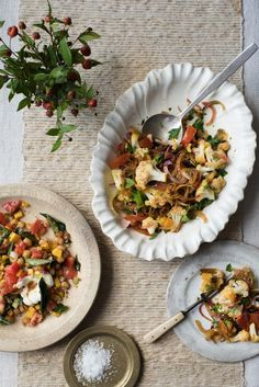 Cauliflower Salad in Indian Salad Recipes on HOUSE by House & Garden. A delicious Indian salad by Stevie Parle. Home Recipes, Indian Food Recipes, Spiced Chickpeas Recipe, Easy Healthy Recipes, Easy Meals, Indian Salads, Cauliflower Salad, Winter Salad, Salad Recipes