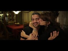 Watch: America's Next Top Model Nyle DiMarco's Beyoutiful video | The Limping Chicken