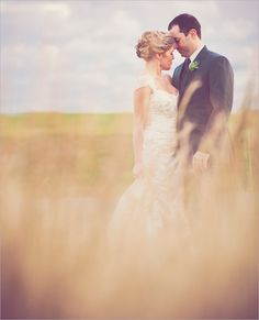 Wedding Inspiration Center: Memorable Pre Wedding Photography Ideas with Grassland Theme