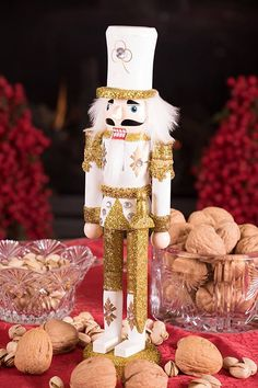 Our Traditional Christmas Gold Soldier with Sword Nutcracker is the perfect addition to your home's holiday display, with his festival colors and sparkling gold soldier outfit! Nutcracker Christmas Decorations, Nutcracker Sweet, Tabletop Christmas Tree, Gold Christmas, Christmas Holidays, Teen Crafts, Crafts For Teens, Arts And Crafts, Nut Cracker