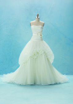 alfred angelo Snow White wedding dress