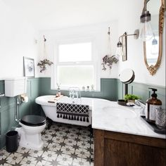 Traditional bathroom makeover with sage panelled walls and monochrome statement tiles Wood Panel Bathroom, Bathroom Paneling, Best Bathroom Designs, Bathroom Interior Design, Bad Inspiration, Bathroom Inspiration, Bathroom Renos, Bathroom Ideas, Bad Styling