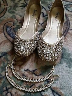 Bridal Sandals, Bridal Shoes, Shoe Makeover, Indian Shoes, Beaded Shoes, Wedding Shoes Heels, Sandals Outfit, Shoe Collection, Fashion Shoes