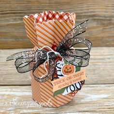 Seeing Ink Spots: Hello Pumpkin, A Paper Pumpkin Thing Handmade Greetings, Greeting Cards Handmade, Stampin Up Paper Pumpkin, Pumpkin Cards, Envelope Punch Board, Halloween Cards, Halloween Treats, Cool Cards, Homemade Cards